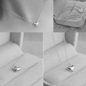 Jewelry - NWOT Silver Heart Necklace